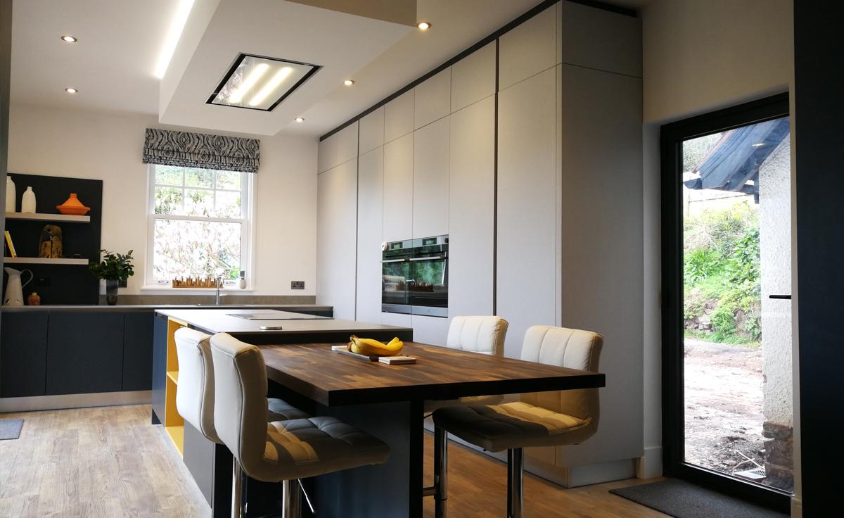 A Sleek Evolve Installation by Richard Johns Signature Kitchens