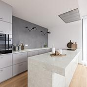 Modern Grey Mix Kitchen with Quartz Countertop and Laminate Cabinet Fronts