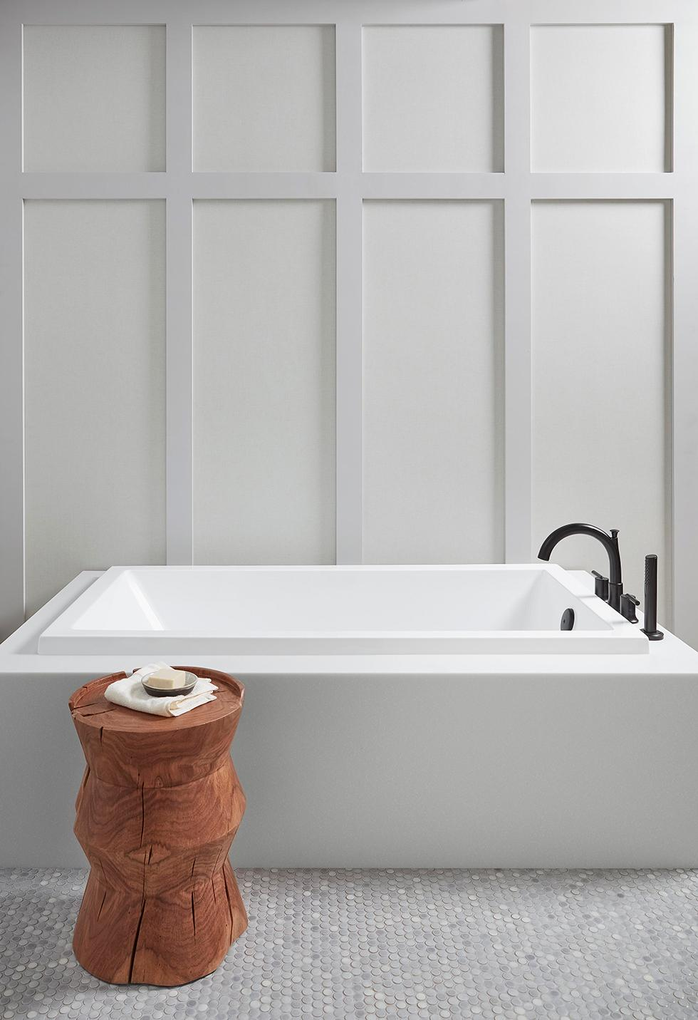 Serene Bathroom Tub with Solid Surface Deck