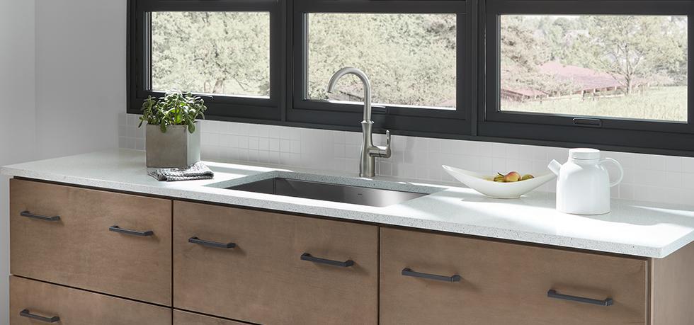Mid Century Modern Kitchen Quartz In Lyra