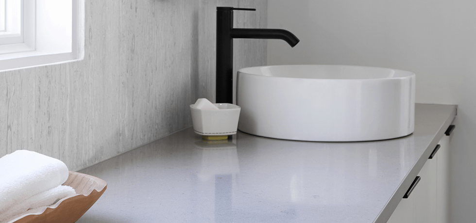 Serenbe Bathroom | Manhattan Quartz