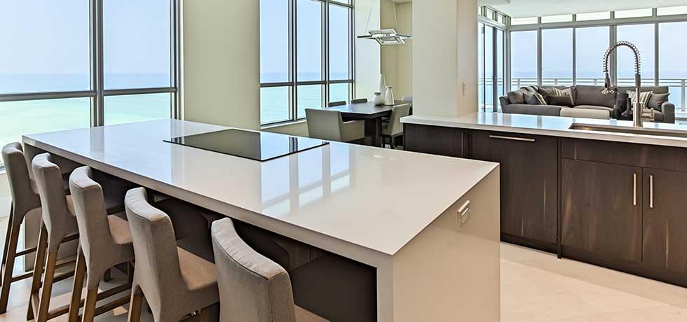 Miami Diplomat Condo | Sleek Modern Kitchen