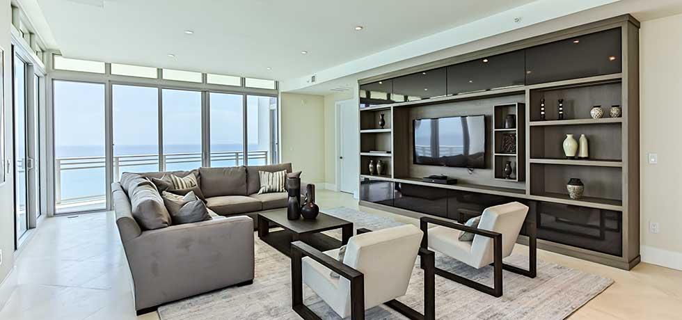Miami Diplomat Condo   Sleek Modern Living Room