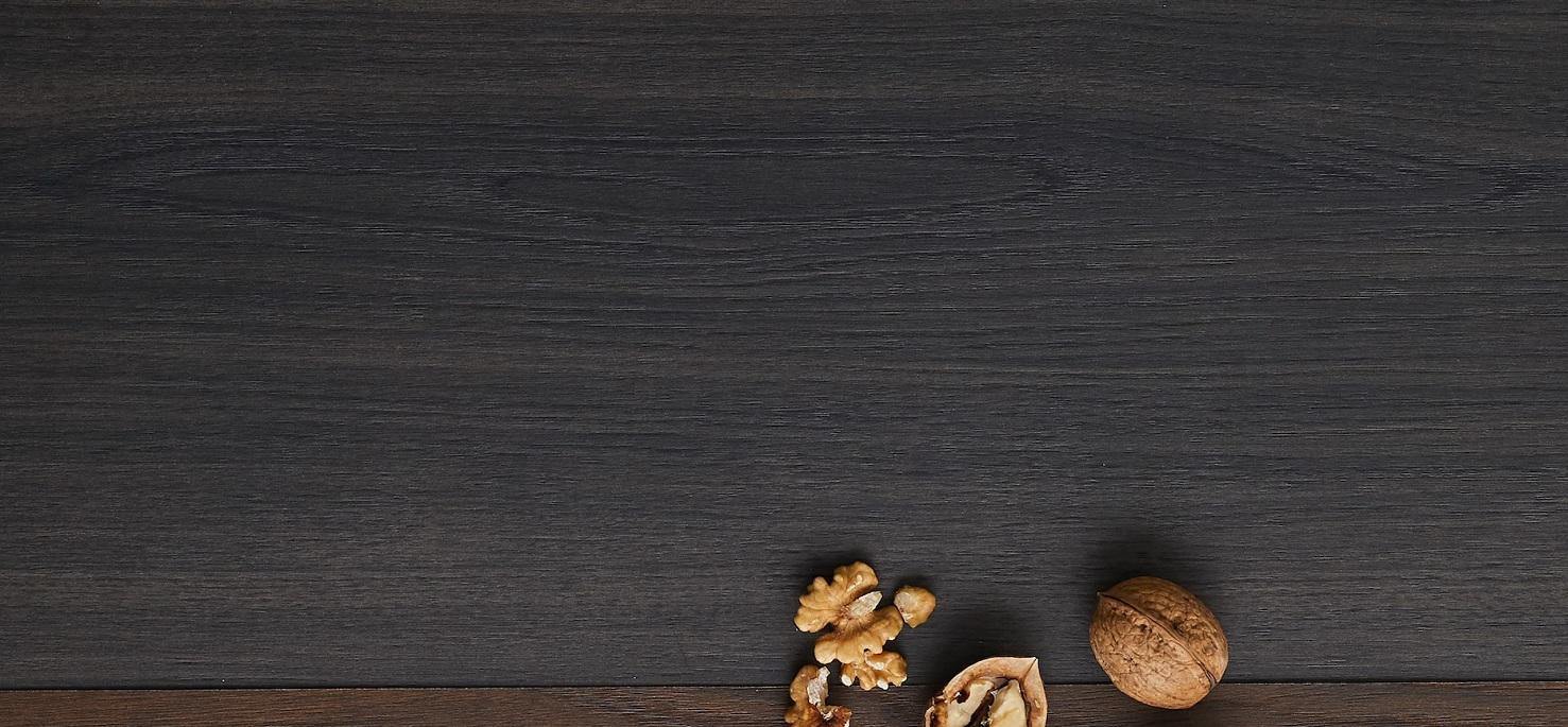 Noble Artisan Walnut Close up