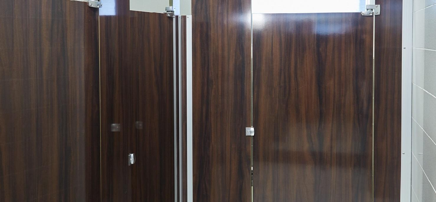 Afromosia Cameroon - Commercial bathroom partition